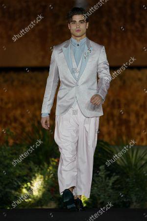 Barcelona Bridal Fashion Week, Show and catwalk Carlo Pignatelli