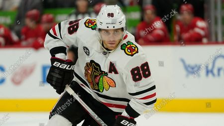 Chicago Blackhawks right wing Patrick Kane (88) plays against the Detroit Red Wings in the first period of an NHL preseason hockey game, in Detroit