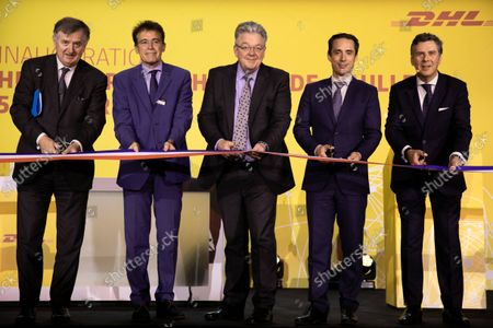 (GaD): Augustin de Romanet CEO of ADP, Marc Houalla Deputy CEO of ADP Director of Paris CDG Airport, John Pearson CEO of DHL Express, Jean-Baptiste Djebbari-Bonnet Minister Delegate for Transport and Philippe Pretat CEO of DHL Express France. Inauguration of the platform (HUB) of DHL Express in Paris-Charles de Gaulle in the presence of Jean-Baptiste Djebbari-Bonnet Minister Delegate for Transport, John Pearson CEO of DHL Express and Philippe Pretat CEO of DHL Express France. Paris, France