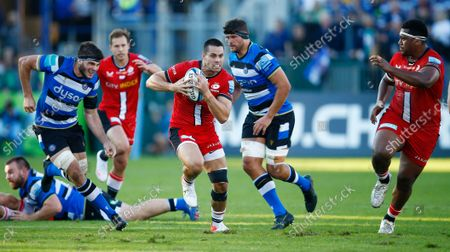 Sean Maitland of the Saracens hands off Josh Bayliss of Bath Rugby during the Gallagher Premiership Rugby Match between Bath Rugby and Saracens at the Recreation Ground on 17 Oct. Photo: Steve Haag/PPAUK