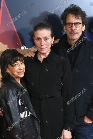Stock Photo of Kathryn Hunter, Frances McDormand and Joel Coen