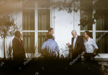 Gert-Jan Segers (ChristenUnie), Sigrid Kaag (D66), informateur Wouter Koolmees, Wopke Hoekstra (CDA), informateur Johan Remkes and Mark Rutte (VVD) (LR) in the garden of the Catshuis for the progress of the formation talks in The Hague, The Nrtherlands, 16 October 2021. Informers Remkes and Koolmees talked here with the chairmen of the VVD, D66, CDA and ChristenUnie groups about the formation of a new government.