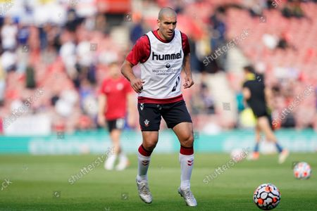 Southampton's Oriol Romeu warms up before an English Premier League soccer match against Leeds United at St. Mary's Stadium in Southampton, England, . Southampton won 1-0