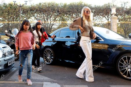 Editorial picture of Laeticia Hallyday Visits Her Lawyer Ardavan Amir-Aslani In Paris, France - 09 Oct 2018