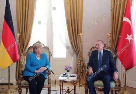 (211016) - ISTANBUL, Oct. 16, 2021 (Xinhua) - Turkish President Recep Tayyip Erdogan (R) and the outgoing German Chancellor Angela Merkel hold talks in Istanbul, Turkey, on Oct. 16, 2021. Turkish President Recep Tayyip Erdogan and the outgoing German Chancellor Angela Merkel held farewell talks in Istanbul on Saturday.