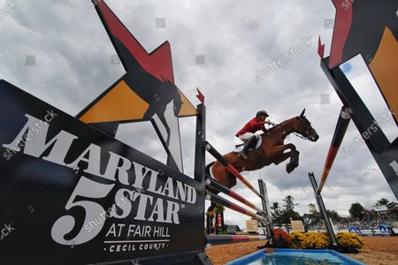 , 2021, Fair Hill, MD, USA: Boyd Martin (USA), aboard Long Island T, competes during the Stadium Jumping Final at the 5* level during the Maryland Five-Star at the Fair Hill Special Event Zone in Fair Hill, Maryland on , 2021. Scott SerioEclipse SportswireCSM