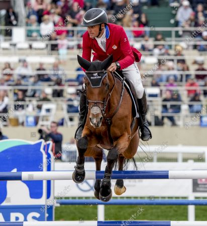 Stock Picture of , 2021, Fair Hill, MD, USA: Boyd Martin (USA), aboard On Cue, clears a jump during the Stadium Jumping Final at the 5* level during the Inaugural Maryland Five-Star at the Fair Hill Special Event Zone in Fair Hill, Maryland on , 2021. Martin won. Scott Serio/Eclipse Sportswire/CSM