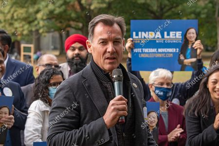 Congressman Tom Suozzi speaks at Linda Lee's, New York City council district 23 candidate, general election kickoff rally in Queens Borough of New York City.