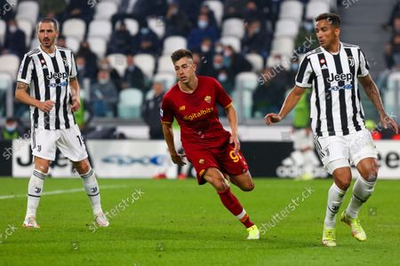 Stephan El Shaarawy of AS Roma during the match between Juventus FC and AS Roma on October 17, 2021 at Allianz Stadium in Turin, Italy. Juventus won 1-0 over Roma.