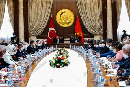 Angola President Joao Lourenco (C/R) and Turkish counterpart Recep Tayyip Erdogan (C/L) during the delegations meeting at Presidential Palace in Luanda, Angola, 18 October 2021.