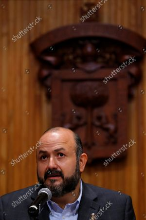 The rector of the University of Guadalajara (UDG), Ricardo Villanueva, participates during the presentation of the program of the 35th edition of the Guadalajara International Book Fair (FIL) held at the Auditorium of the University of Guadalajara, Jalisco, Mexico, 18 October 2021. The writers Paul Auster, Ken Follett, and Diamela Eltit, together with the former President of the Spanish Government Jose Luis Rodriguez Zapatero, head the 35th edition of the Mexican International Book Fair (FIL) in Guadalajara, which with 600 authors will be carried out in a hybrid way, with capacity control and for the first time in two venues.