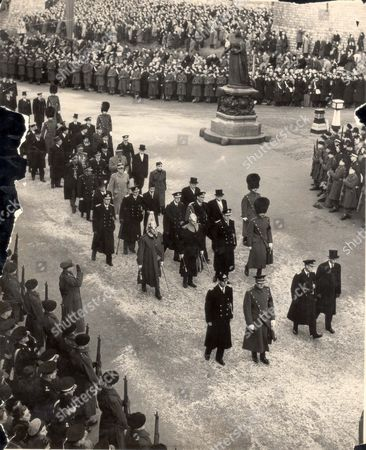 Funeral Of King George Vi (died 6/2/52) February 1952 Royal Mourners In Windsor Funeral Procession Royal Mourners Pace Through Windsor In The Funeral Procession As The Body Of King George Vi Was Taken To St George's Chapel. Front Rank (left To Right): The Prince Philip ; The Duke Of Windsor; The Duke of Kent. Second Rank: Silver Stick In Waiting Colonel Ffb St George; Gold Stick In Waiting Major-general Sir Richard Howard-vyse; Earl Mountbatten Personal Naval Adc To The Late King; Field Officer In Brigade Waiting General Gc Gordon-lennox. Third Rank: King Gustaf Adolf Of Sweden; King Paul Of The Hellenes; King Haakon Of Norway; King Frederik Of Denmark; President Vincent Auriol Of France. Fourth Rank: President Celal ?ayar Of Turkey; The Boy King ?eisal Ii Of Iraq And President :van Ribar Of Yugoslavia. Fifth Rank: Crown Prince Olav Of Norway; And Emir Hussein Crown Prince Of Katie Price..... royalty
