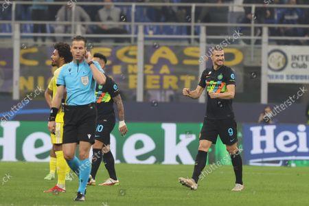 Edin Dzeko of FC Internazionale celebrates after scoring a goal