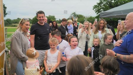 Stock Photo of Billie Faiers, Greg Shepherd, Sue and Dave with Nelly.