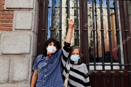 Stock Image of Extinction Rebellion activists chain themselves to fence in latest protest in the Ministry of Foreign affairs in Madrid on 21st October, 2021.