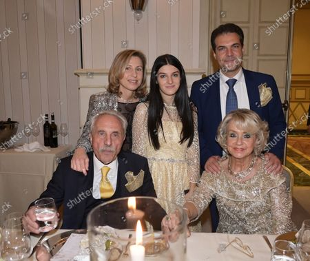 Daniela Javarone with her husband Mario Girard, with her daughter Manuela and family