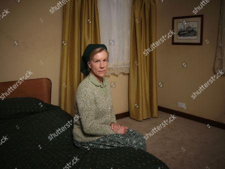 Stock Image of Juliet Stevenson as Dorothy Venn.