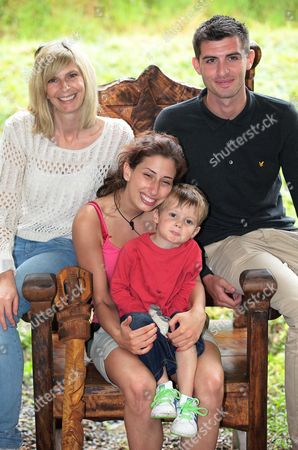 Winner, Queen of the Jungle Stacey Solomon with her mother  Fiona Solomon, Son Zachary and boyfriend Aaron Barham