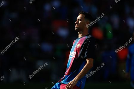 Sergio Busquets of FC Barcelona warms up