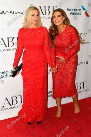 Ali Wentworth and Brooke Shields