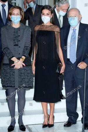 "Kings of Spain preside over the award ceremony of the ""Francisco Cerecedo"" Journalism Award, at the Mandarin Oriental Ritz Hotel in Madrid on October 26, 2021.  Queen Letizia ; Anne Applebaum"