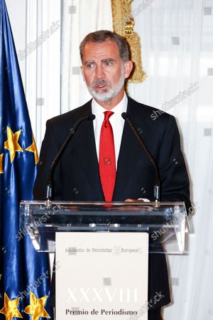 """Editorial image of Kings of Spain preside over the award ceremony of the """"Francisco Cerecedo"""" Journalism Award, Madrid, Spain - 26 Oct 2021"""