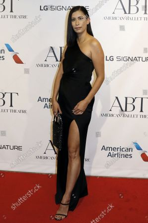 Fashion designer Michelle Ochs arrives on the red carpet at American Ballet Theatre's Fall Gala at the David H. Koch Theater on Tuesday, October 26, 2021 in New York City.       .