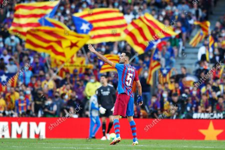 "Sergio Busquets (Barcelona) - Football / Soccer : Spanish ""La Liga Santander"" match between FC Barcelona 1-2 Real Madrid CF at the Camp Nou in Barcelona, Spain."