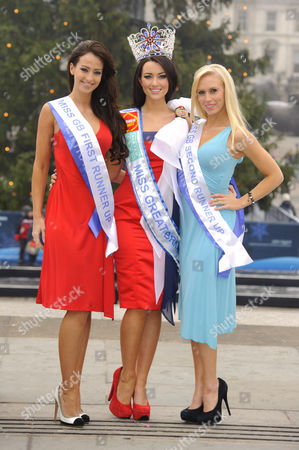 Amy Carrier, Miss Great Britain, with runners-up