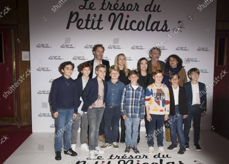 Julien Rappeneau Audrey Lamy Jean Paul Rouvre Noemie Lovsky and the children of the film at the premiere of the film The Treasure of Little Nicolas at the cinema Le Grand Rex in Paris, France on October 3, 2021