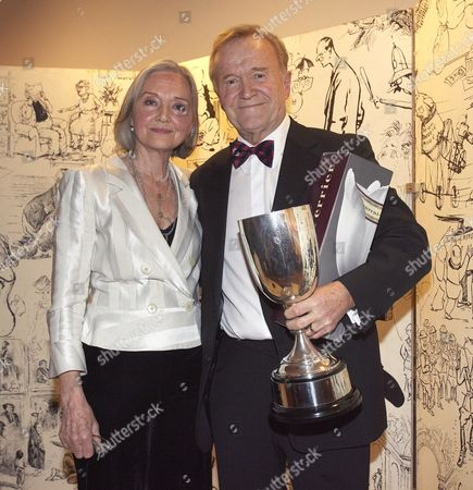 Anna Ford who presented the Lifetime Achievement award to Stan McMurtry (MAC), the Daily Mail's cartoonist