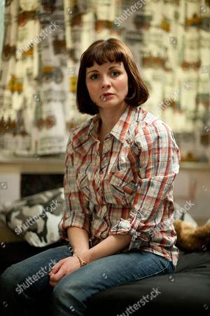 Sarah Smart as Amy Quilan