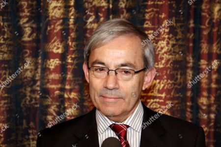 Christopher A Pissarides, Laureate in Economic Sciences