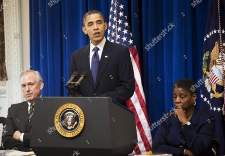 James McNerney Jnr, United States President Barack Obama and Ursula Burns