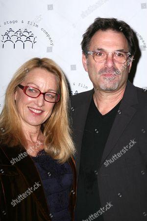 Patricia Wettig, Ken Olin