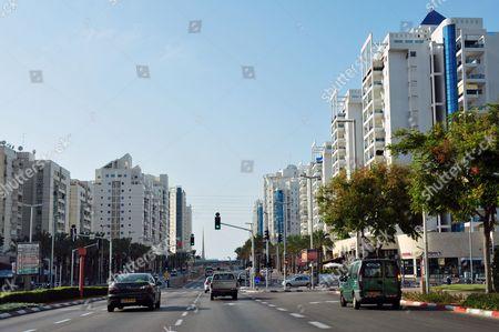 Ashdod cityscape and architecture. Menachem Begin Boulevard, Ashdod, Israel
