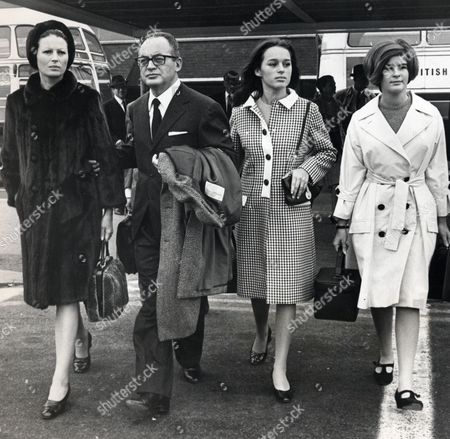 Editorial photo of Dino De Laurentis Italian Film Producer (died November 2010) With His First Wife Actress Silvana Mangano (died December 1989) And His Daughters Raffaelle De Laurentiis (white Coat) And Veronica De Laurentiis