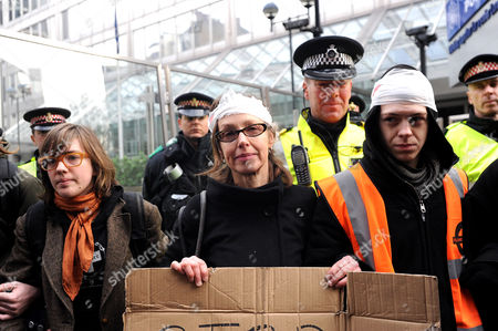 Susan Meadows (centre) mother of injured Alfie with protesters outside New Scotland Yard.