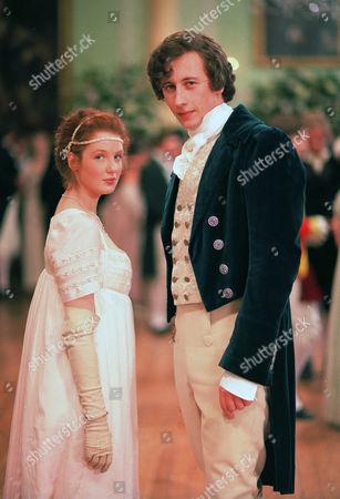 Kelly Reilly as Clowance Poldark and Nicholas Rowe as Lord Edward Fitzmaurice