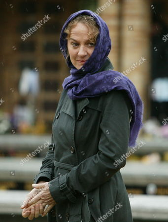 Episode: Falling Darkness Pictured: Niamh Cusack as Dr Ellen Jacoby