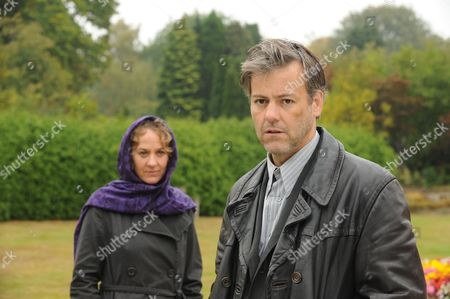 Stock Picture of Episode: Falling Darkness Pictured: Niamh Cusack as Dr Ellen Jacoby and Rupert Graves as Alec Pickman