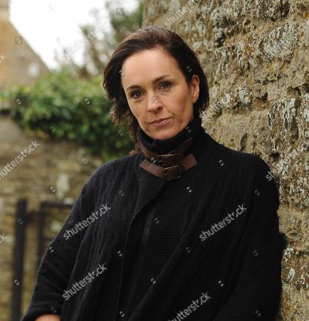 Episode: The Dead of Winter Pictured: Juliet Aubrey as Selina Mortmaigne.