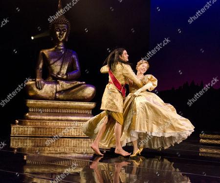 Chook Sibtain (The King), Janie Dee (Anna)