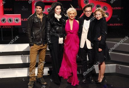 Cher, Christina Aguilera, Cam Gigandet, the director Steve Antin and Kristen Bell