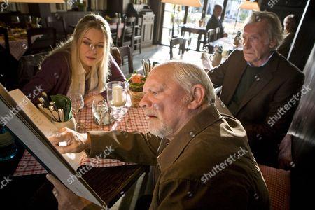 Judith Hoersch as Vicki, David Jason as Harry and David Warner as Frank.
