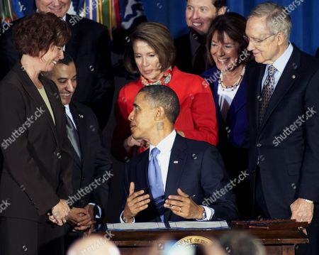Editorial picture of US President Barack Obama signs the 'Don't Ask, Don't Tell' Repeal Act of 2010, Washington DC, America - 22 Dec 2010