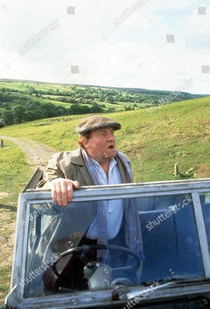 Episode  10 - The Championship Norman Rossington as Bertie Mould