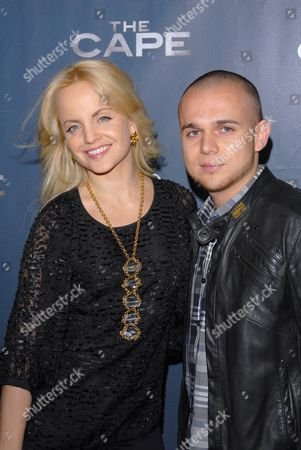 Mena Suvari and Simone Sestito
