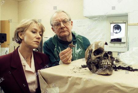 Helen Mirren as DCI Jane Tennison and David Ryall as ME Oscar Bream