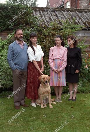 Keith Ladd as Mr Brien, Susan Vidler as Sammy Brien, Susan Lynch as Tina Brien and Patti Love as Mrs Brien